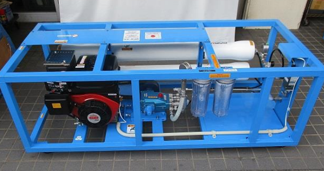 緊急用ガソリンエンジン付き海水淡水化装置の設置例(GMSW-300)画像